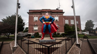 Giant Superman Statue in Metropolis, Illinois.