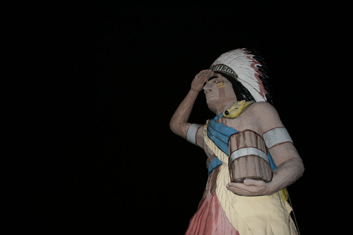 Big Chief – Giant Cigar Store Indian in Oak Lawn, Illinois
