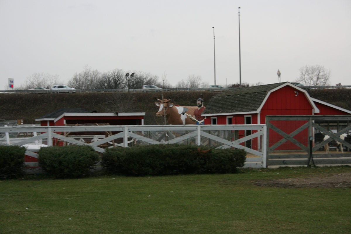 Muffler Man and Bessie the Cow in Libertyville, Illinois