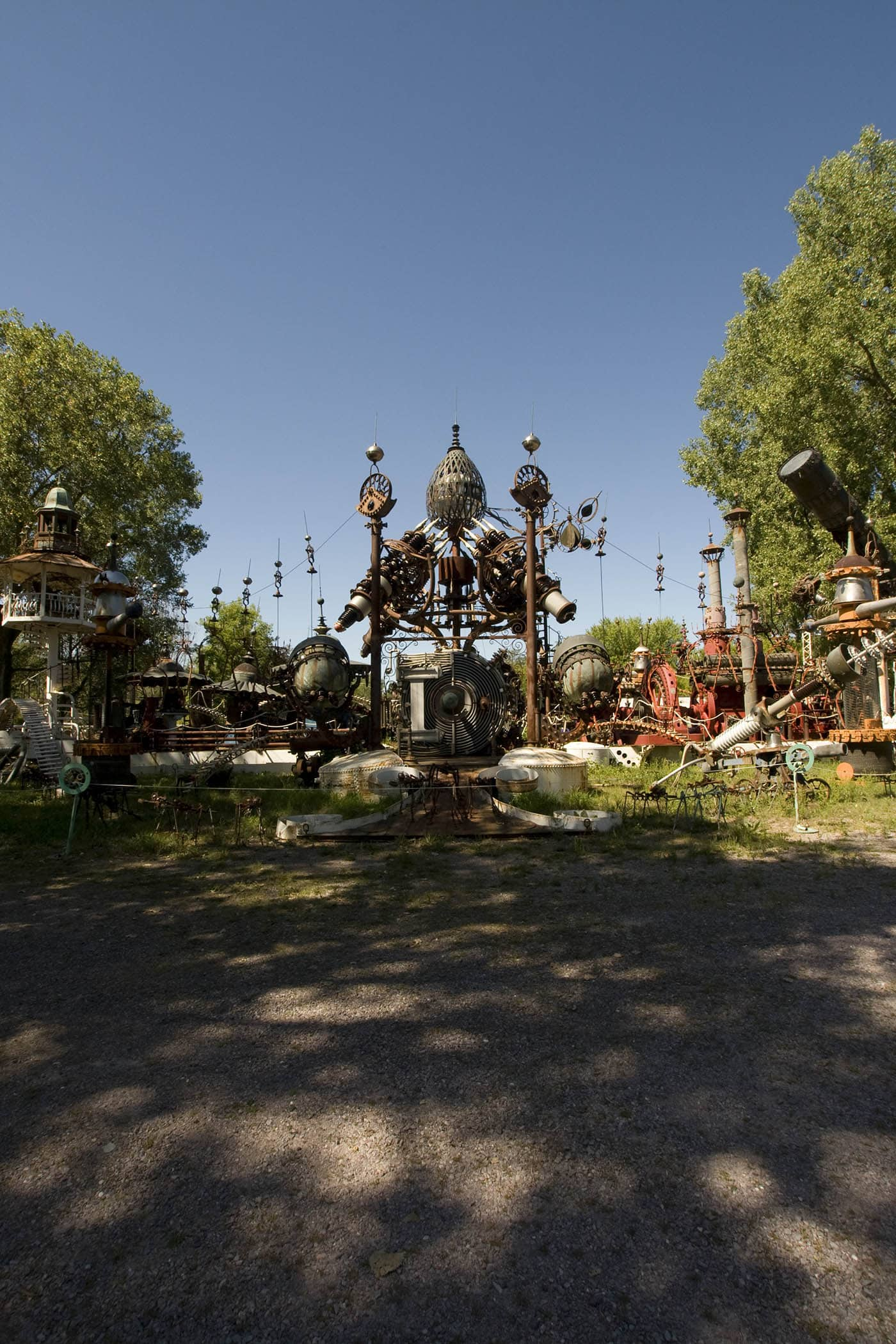 The world's largest scrap metal sculpture, Dr. Evermor's Forevertron at Delaney's Surplus Sales in Sumpter, Wisconsin, is meant for intergalactic travel. Visit this weird roadside attraction on a Wisconsin road trip.