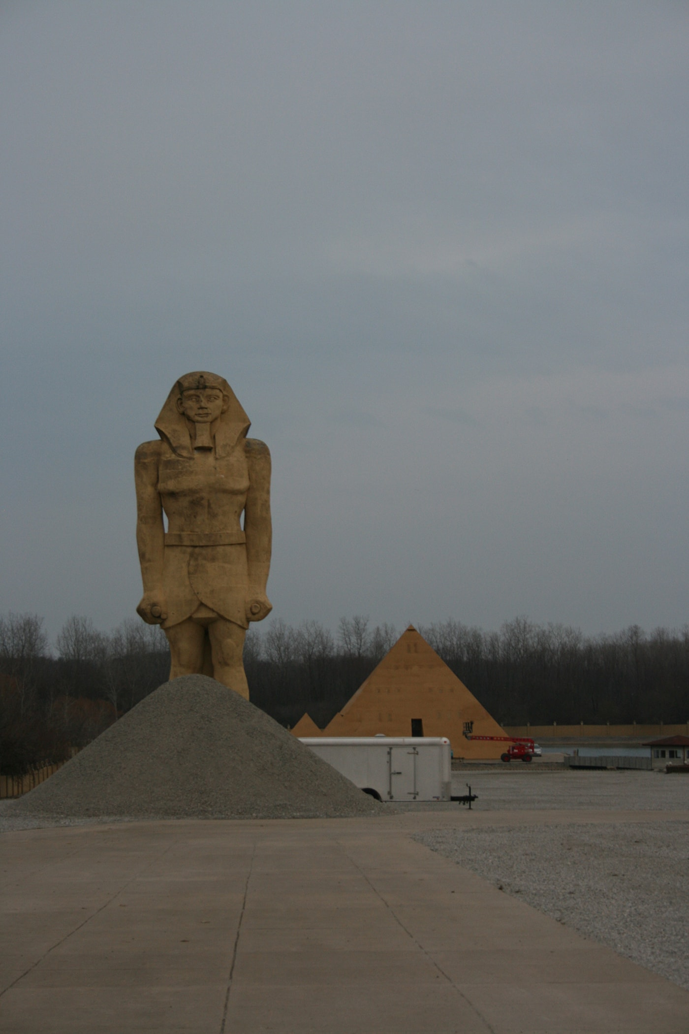 Gold Pyramid House in Wadsworth, Illinois