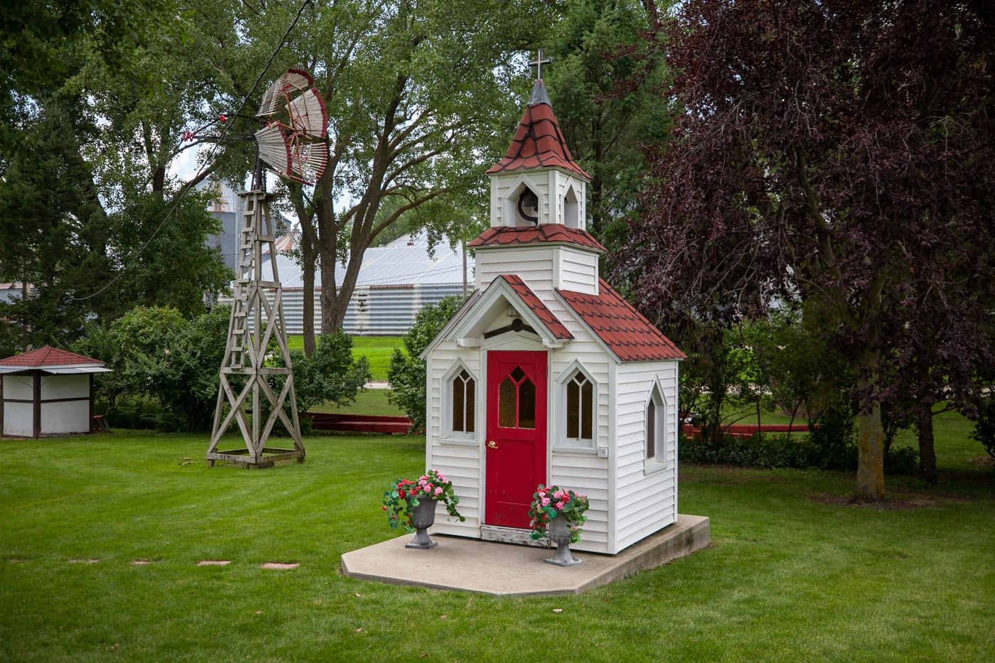 Morning Star Chapel tiny church in Elk Horn, Iowa | Iowa Roadside Attractions