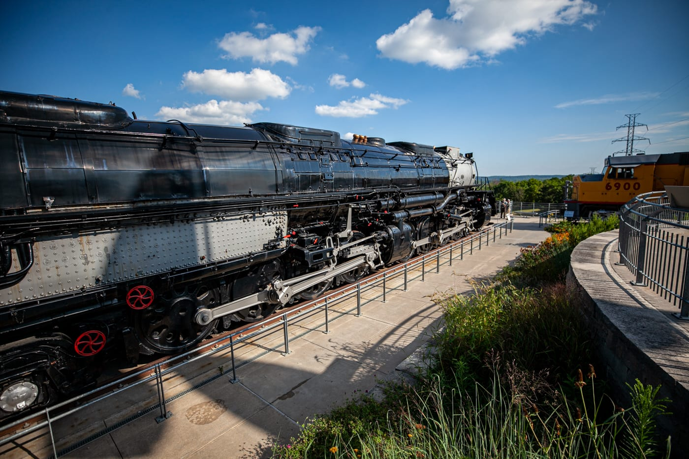 Kenefick Park: Union Pacific Big Boy & Centennial Trains in Omaha, Nebraska | Omaha Tourist Attractions