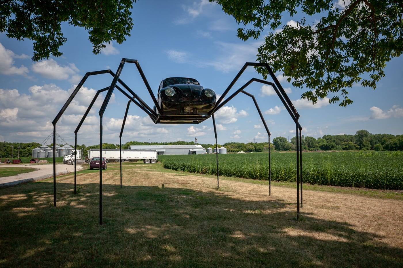 Giant Volkswagen beetle spider in Avoca, Iowa. | Iowa Roadside Attractions.