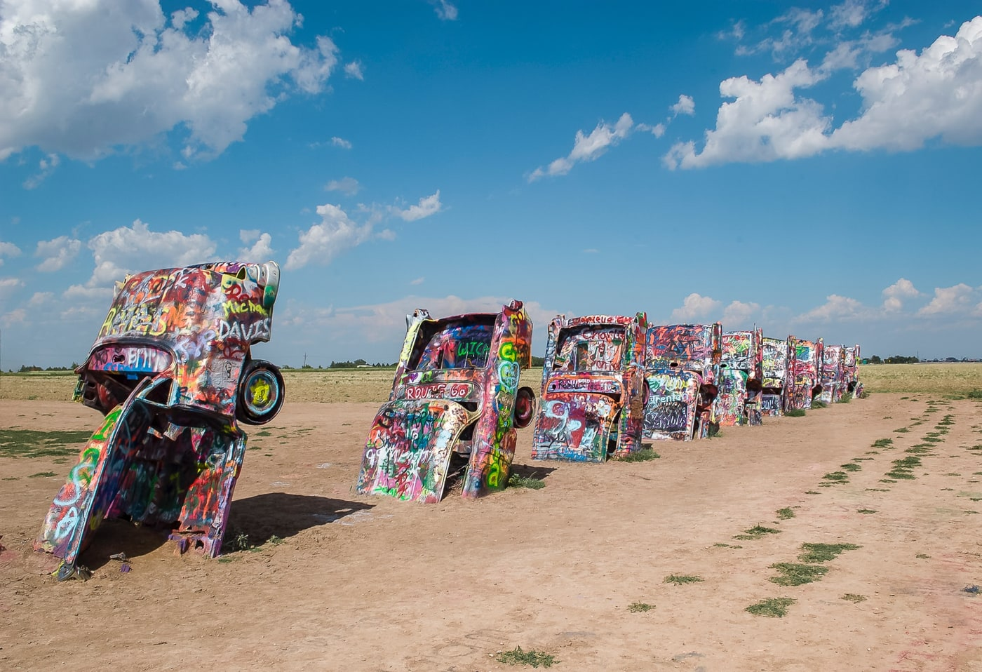 The best Texas roadside attractions to visit on a Texas road trip. Add these roadside oddities to your travel bucket list, itinerary, or route map!