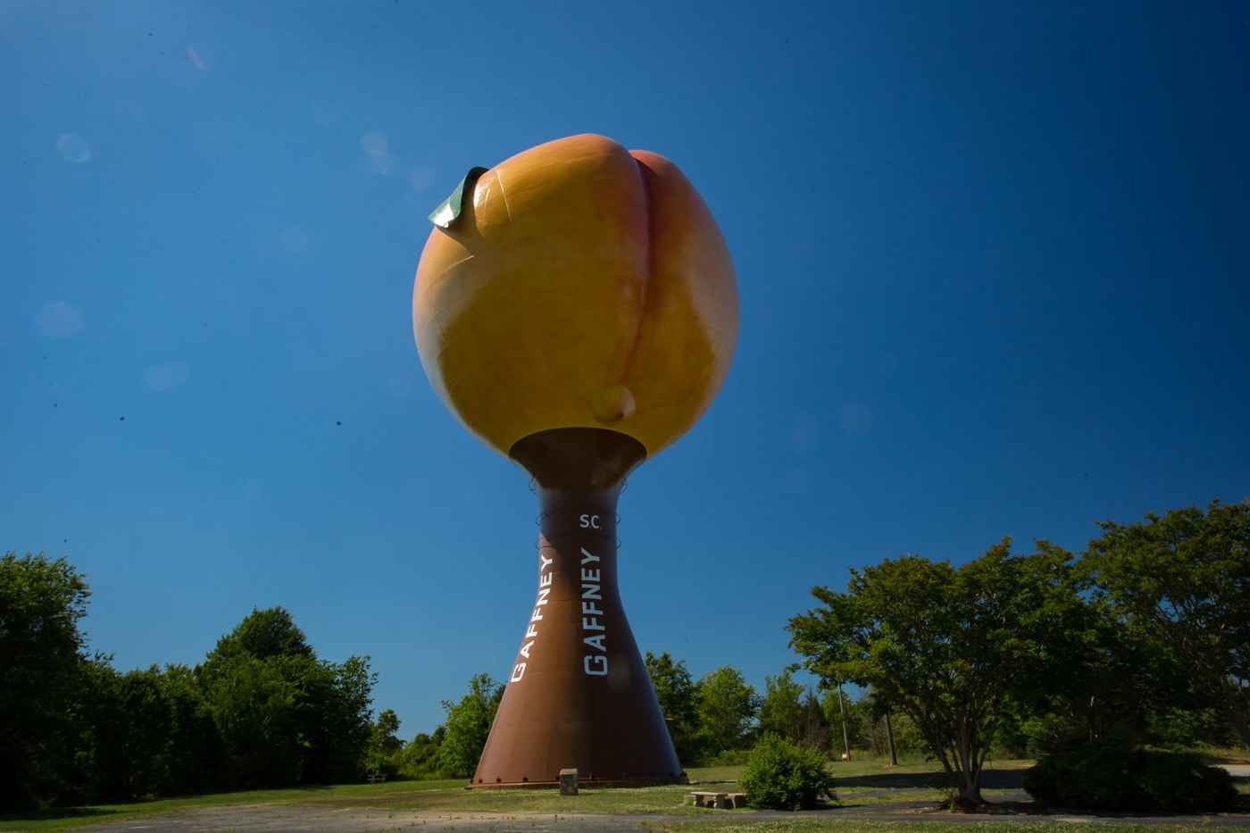 The Peachoid in Gaffney , South Carolina. The World's Largest Peach Water Tower. South Carolina roadside attractions.
