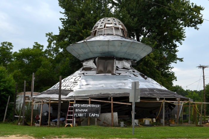 Weird roadside attractions - UFO Welcome Center in South Carolina