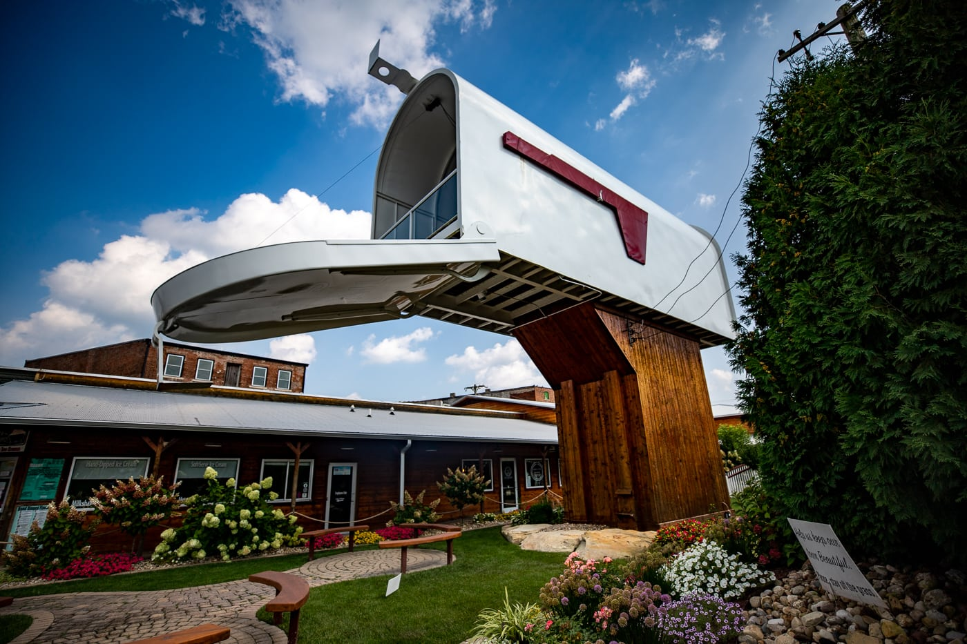 World's Largest Mailbox  in Casey, Illinois roadside attraction